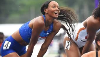Dalilah Muhammad kann es kaum glauben, dass sie den Weltrekord über 400 m Hürden verbessert hat