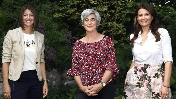 Sabine Hurni, Mitglied des Verwaltungsrats, mit den Referentinnen Claudia Thali (l.) und Judith Wernli (r.).