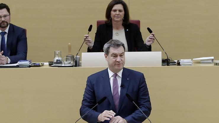 Markus Söder kann als Ministerpräsident von Bayern weitermachen. Nach der Wahl appellierte Söder an die Ratsmitglieder, fair miteinander umzugehen.