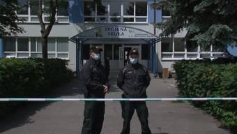 Thumb for 'Slowakei: Ehemaliger Schüler greift Schule mit Messer an'
