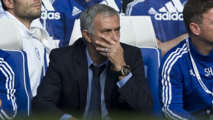 José Mourinho schlittert mit Chelsea immer tiefer in die Krise.