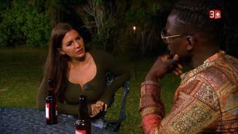 Willie hat Tieraugen gegessen, um ein Date mit Andrina zu ergattern.