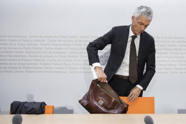Haben die Treffen mit Gianni Infantino dem Bundesanwalt Michael Lauber den Job gekostet?