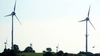 Strom aus Windparks (hier in Deutschland) gewinnt doch an Bedeutung. chr