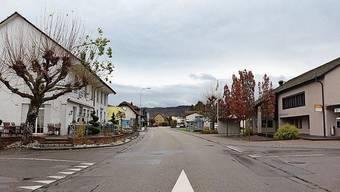 Die Holziker Hauptstrasse (eine Kantonsstrasse) soll saniert werden.