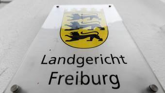 """Das Landgericht Freiburg verurteilte im """"Missbrauchsfall Staufen"""" einen 37-jährigen Schweizer."""