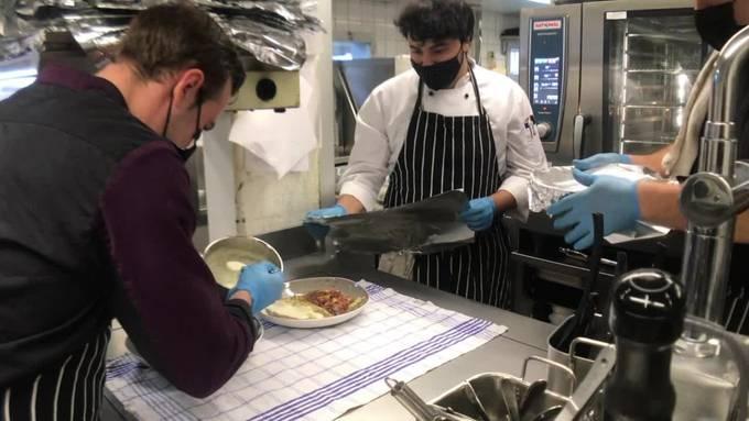 Thumb for 'Das Take-Away brummt: Zu Besuch in der Küche des Grenchner Hofs'