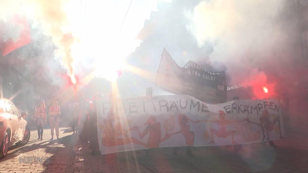 Solidarität mit Effy29-Besetzern: Etwa 300 Personen demonstrieren am Donnerstag in Bern