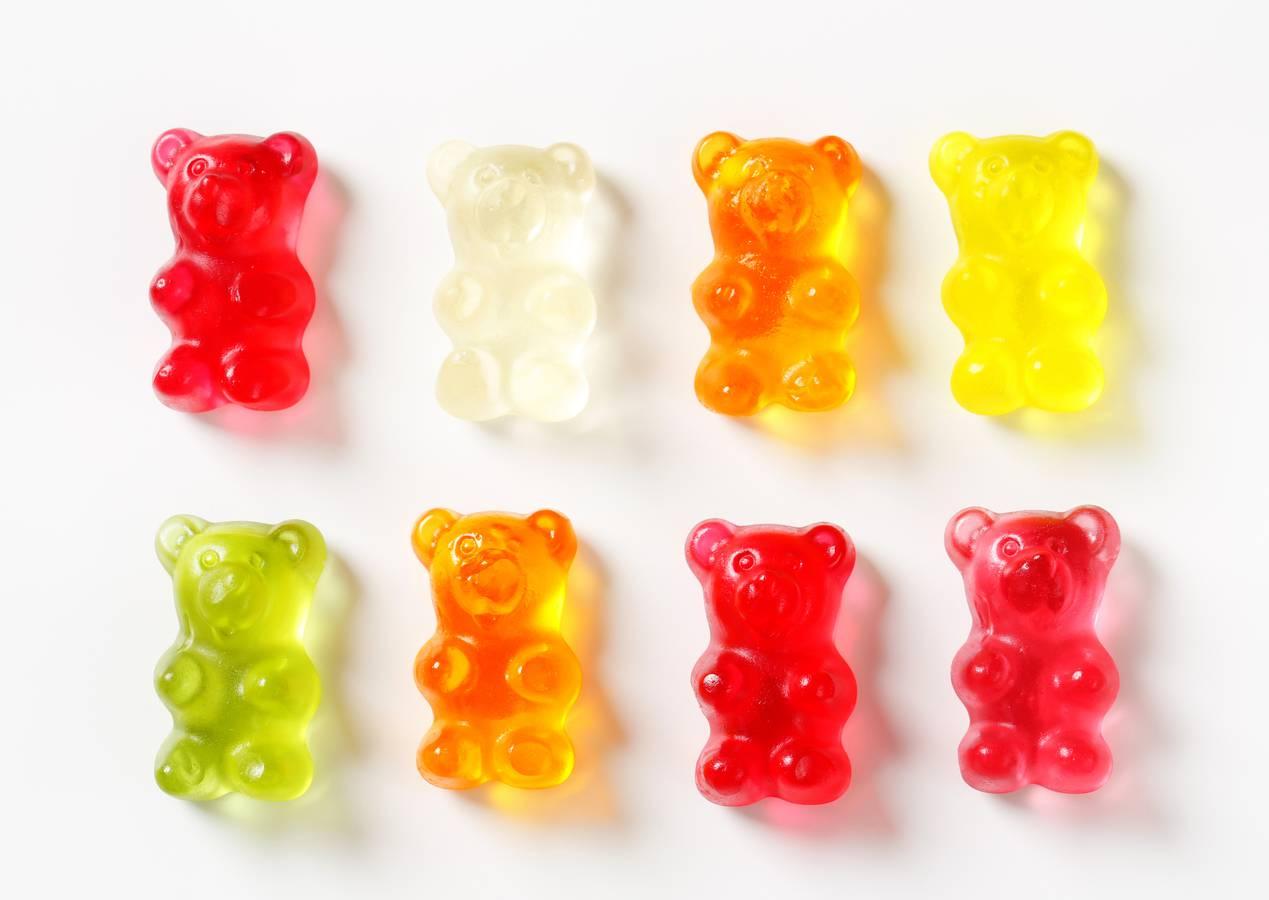 Rot, weiss, orange, gelb und grün, jede Farbe schmeckt anders. (© iStock)