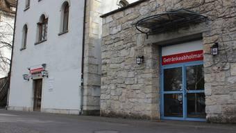 In diesen beiden Gebäudeteilen an der Mühlemattstrasse soll eine Bar mit Raucher-Lounge entstehen.