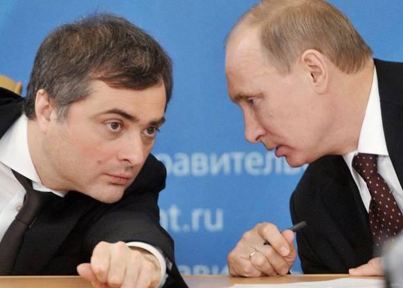 Der Meister-Demagoge und sein Herr: Wladislaw Surkow und Putin.