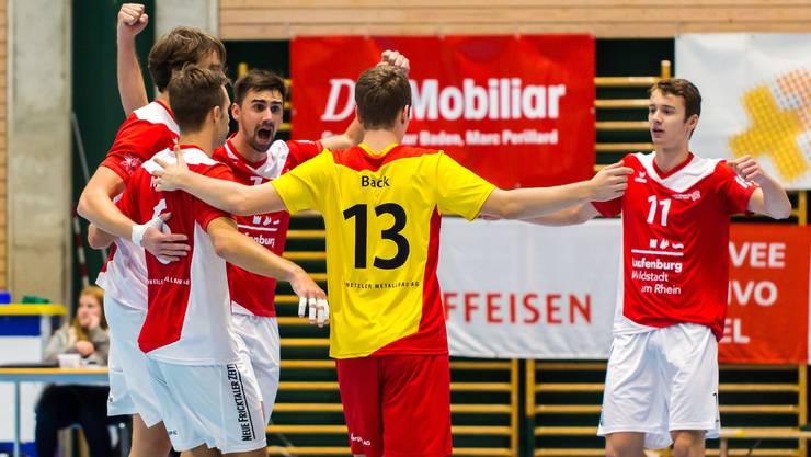 Laufenburg-Kaisten bejubelt den Sieg gegen Uni Bern.