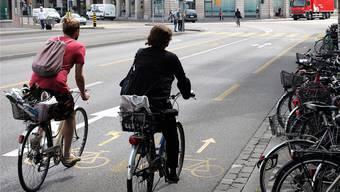 Die Basler Polizei will auch unauffällige Velofahrer kontrollieren.