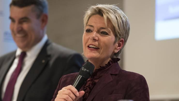 Karin Keller-Sutter verzückte die Romands mit Charme.