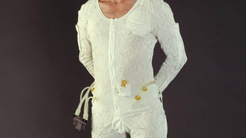Astronauten-Unterwäsche wird normalerweise ins All entsorgt, sobald sie dreckig ist. Österreichische Textil-Ingenieure haben jetzt den Auftrag gefasst, Stoffe zu entwickeln, die möglichst lange frisch und hygienisch bleiben (Pressebild)