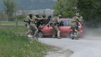 Die Walliser Kapo simuliert einen terroristischen Anschlag – eine realistische Gefahr, wie Kommandant Christian Varone im Interview sagt.