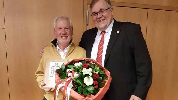 Walter Oeschger ESV Ehrenmitglied mit Daniel Dreier NWSV Präsident