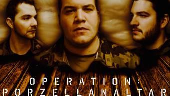 Das Filmplakat zu  «Operation: Porzellanaltar» .