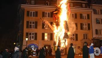 Böögg-Verbrennen auf dem Solothurner Märetplatz