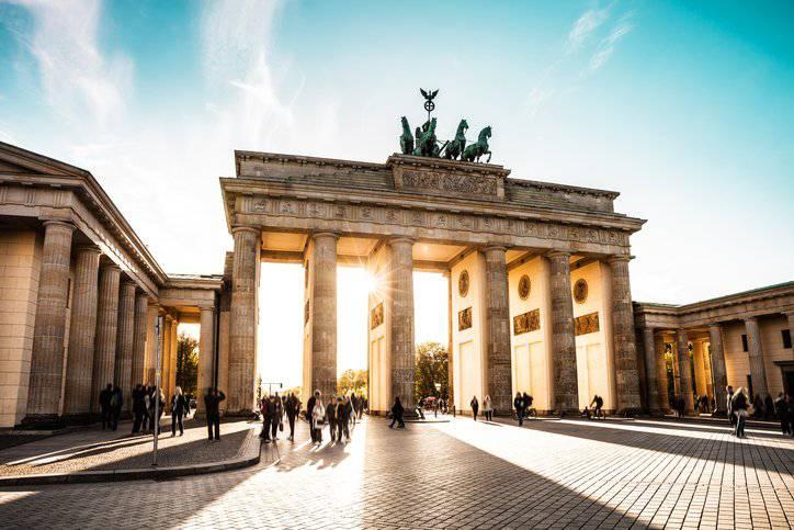 Das Brandenburger Tor in Berlin ist nur eine der Attraktionen. (Bild: iStock)