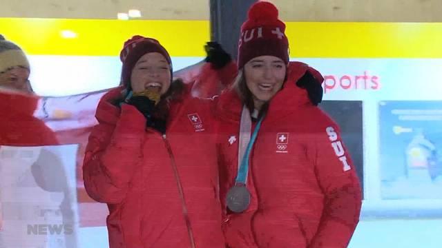 Doppelsieg für Schweizer Ski-Freestylerinnen