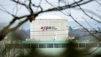 Was sollen die Betreiberfirmen für die Stilllegung der Schweizer Atomkraftwerke (hier Beznau) in die entsprechenden Fonds einzahlen?