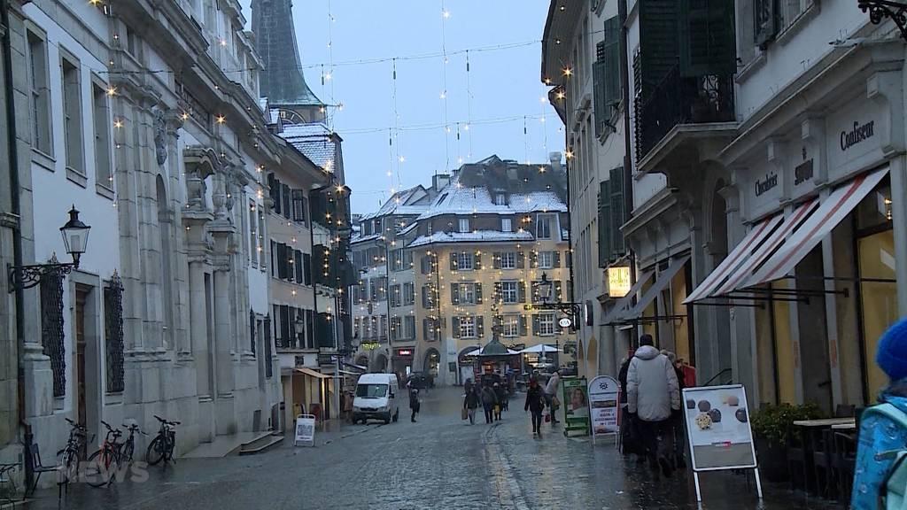 Freiburg und Solothurn verschärfen Corona-Massnahmen