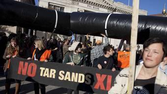 Gegner des geplanten Pipeline-Baus protestierten letzten Sonntag gegen das Projekt.