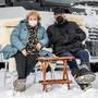 René und Deborah Gehrig aus Meisterschwanden AG campieren den ganzen Winter in Engelberg: «Es ist ein zweites zu Hause für uns.»