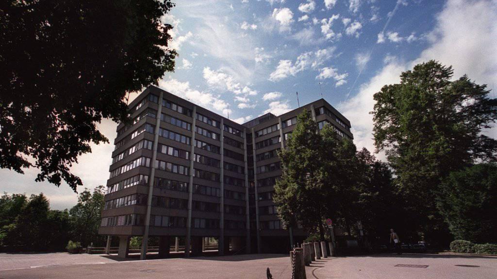 Die Bundesanwaltschaft - im Bild ihr Sitz in Bern - hat mit immer komplexeren Fällen zu tun und arbeitet zunehmend mit ausländischen Behörden zusammen. (Themenbild)