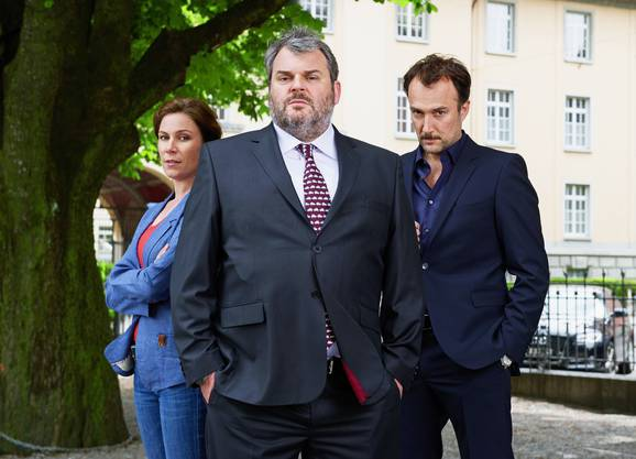 Barbara Terpoorten als Anna-Maria, Mike Müller als Luc, Carlos Leal Bundespolizist Pedro Lambert.