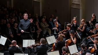 Der Norweger Rune Bergmann und das Argovia Philharmonic pflegen ein locker-federndes Musizieren.