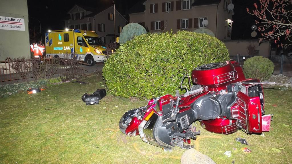 Weil der Trike-Lenker sein Fahrzeug zu stark beschleunigte, stürzte er.