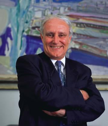 War zunächst Innen- und dann Aussenminister. 1992 sprach er sich für das EU-Beitrittsgesuch der Schweiz aus.