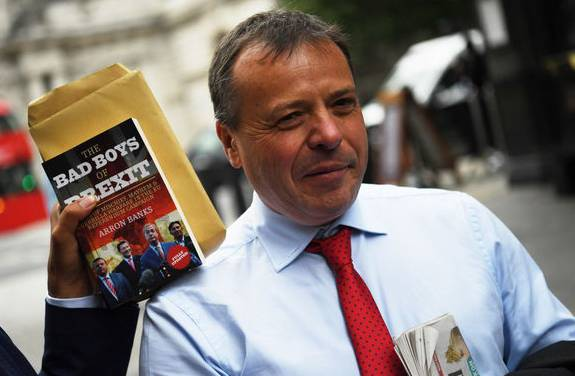 Brexit-Financier Arron Banks steht im Zwielicht.