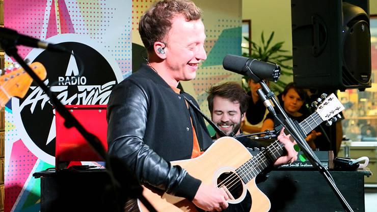 Joris spielte neue, aber auch altbekannte Songs wie «Sommerregen» und «Herz über Kopf»