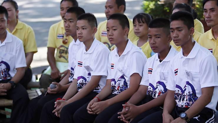 Die im Sommer aus einer Höhle gerettete thailändische Junioren-Fussballmannschaft reist nach Argentinien zu den Olympischen Jugend-Sommerspielen.