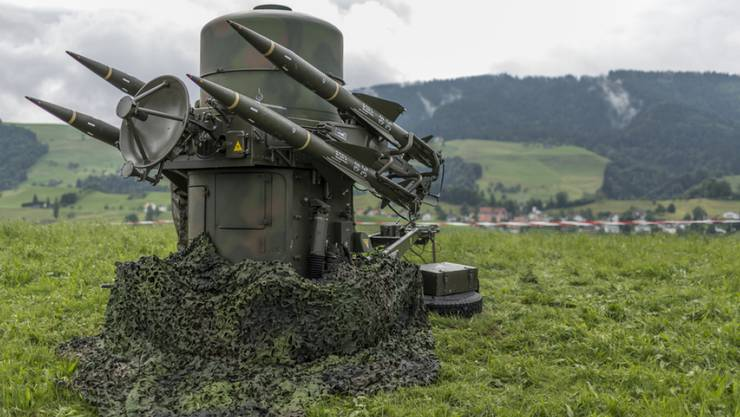 Zur heutigen Schweizer Fliegerabwehr gehört die Rapier-Feuereinheit mit Boden-Luft-Raketen. Sie sollte mit dem BODLUV-Projekt ersetzt werden. (Archivbild)