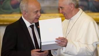 Ueli Maurer bei Papst Franziskus