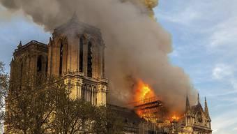 Die durch einen Grossbrand unlängst stark beschädigte Kathedrale Notre-Dame in Paris kann laut Angaben der französischen Regierung vom Samstagabend gerettet werden. (Archivbild)
