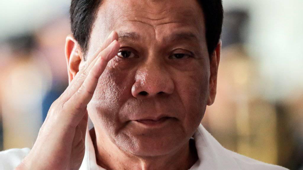 Bezeichnete 2016 den damaligen US-Präsident Barack Obama als «Hurensohn»: der philippinische Staatschef Rodrigo Duterte. (Archivbild)