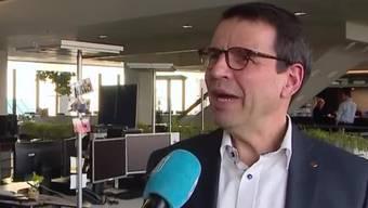 Neu dürfen keine Abstimmungsresultate vor 12 Uhr veröffentlicht werden. FDP-Nationalrat Matthias Jauslin kritisiert diesen bundesrätlichen Entscheid.