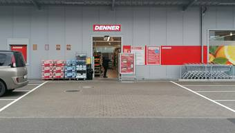 Kann einmal mehr ein Umsatzplus vermelden: Der Schweizer Discounter Denner – hier im Bild die Filiale in Würenlingen.