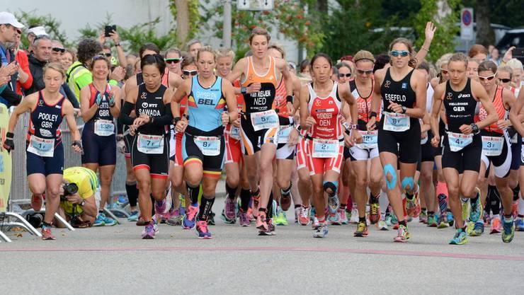 Über das ganze Powerman-Zofingen-Wochenende nahmen inklusive Short-Distanz-Rennen, Powerkids und Charity-Run rund 1400 Athletinnen und Athleten teil, etwa gleich viele wie 2015.
