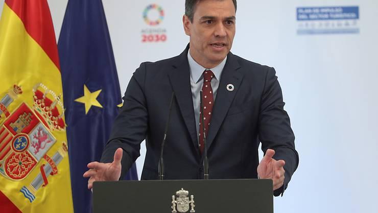 In Spanien endet um Mitternacht der Corona-Notstand nach 98 Tagen. Regierungschef Pedro Sánchez rief die Bevölkerung dazu auf, die Hygiene- und Gesundheitsregeln weiterhin einzuhalten, um eine zweite Infektionswelle zu vermeiden. (Archivbild)