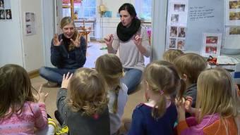Zusätzlich 100 Mio. Franken pro Jahr zahlt der Bund für die externe Kinderbetreuung. Bei den jungen Eltern im Nationalrat gehen die Meinungen weit auseinander.