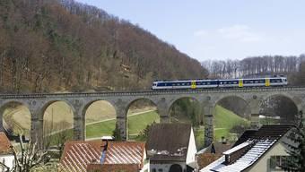 Lokführermangel hin oder her: Der Bundesrat ist nicht glücklich mit der Entscheidung der SBB, den Läufelfingeli-Betrieb ein Vierteljahr einzustellen.