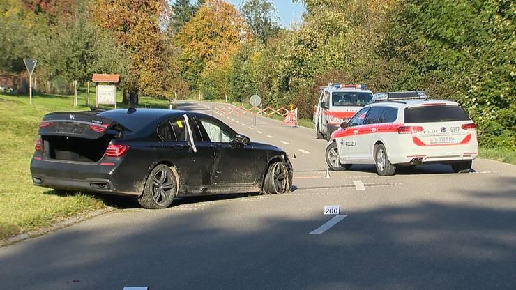 Winterthur ZH, 16. Oktober: Mann hatte versucht, auf der Flucht eine Strassensperre zu durchbrechen, und dabei die 39-jährige Polizistin angefahren.