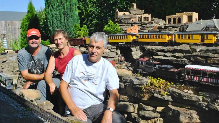 Bruno Grub, Arnold Soder und Karl Eiermann (v.l.) sind leidenschaftliche Sammler und Bastler.