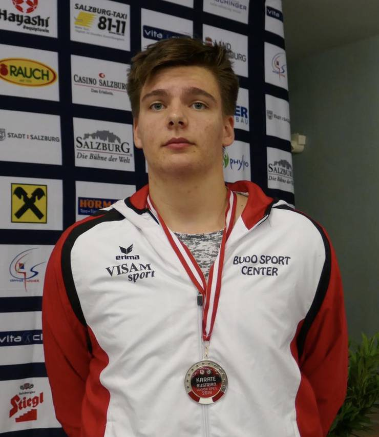 Jonathan Müller gewinnt Silber.